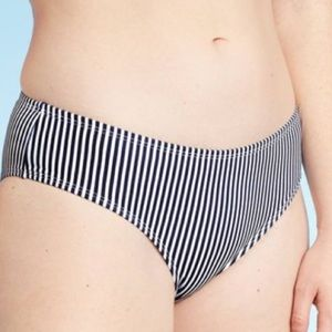 NWOT Xhilaration Junior's Cheeky Bikini Bottom
